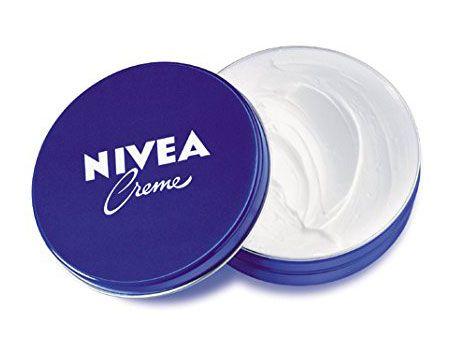 Nivea crema hidratante pack de 5 envases de 75 mililitros cada uno. La clásica crema hidratante de nivea a precio de chollo en pack de 5 envases.