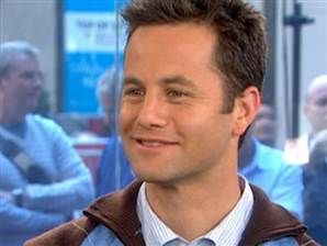 "Kirk Cameron: I'll only kiss my wife~~ ""I want her to know that the applause and adoration that's coming to me that means the most is from her."" Awwww, if only there were more actors with a heart for God and a commitment to marriage like Kirk Cameron!"