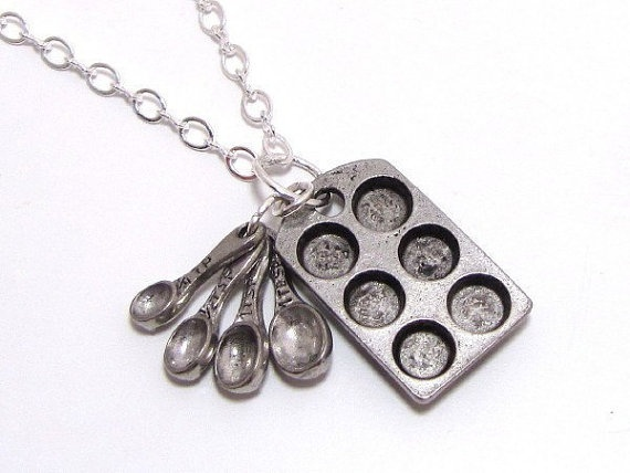 Cupcake Pan And Measuring Spoons Bakers Necklace ♥ ♥ ♥ ♥: Silver Necklaces, Charms Silver, Cupcakes Pan, Cupcake Pans, Muffins Pan, Measuring Spoons, Muffin Pans, Cupcakes Baker, Baking Theme
