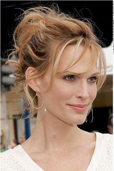 inspiration for my high forehead molly sims ::: I wish I could get my hair to sit like that across my forehead it's fab. Doubles cows lick, no thanks