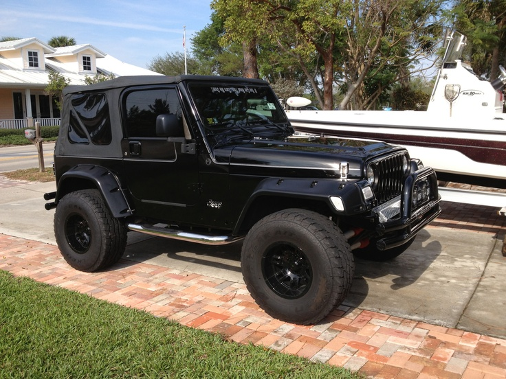 19 best images about jeep wrangler on pinterest smoking flare and custom jeep. Black Bedroom Furniture Sets. Home Design Ideas