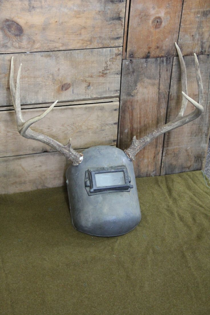 Antler welding mask by Dave Britton | $125 https://www.facebook.com/RustyRetroAntiques
