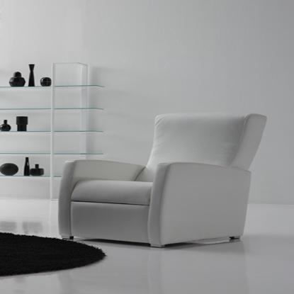 Siéntate y relájate en esta #butaca reclinable #Eter y disfruta como si estuvieras en un sueño.