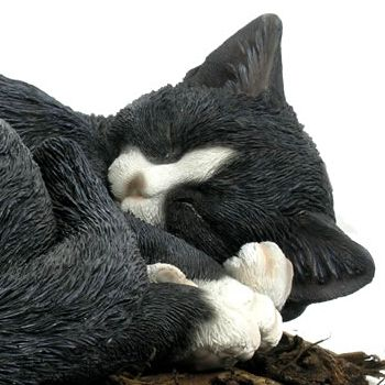 The sleeping cat looks so comfortable and cute and would look equally at home in front of the fire or outside in a sunny part of the garden. The sleeping cat is an extremely high quality resin garden ornament which is expertly crafted to look as lifelike as possible, the hard wearing weatherproof resin makes it the perfect feature either inside or outside the home.