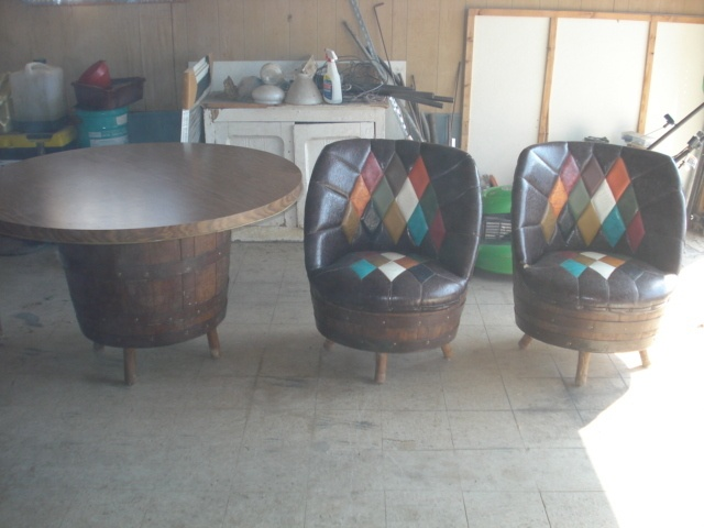 rec room furniture and games. vintage retro barrel game table and chairs rec recreation entertainment room furniture games u