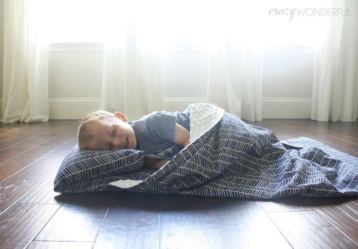 Crazy Wonderful: DIY nap mat cover | tutorial