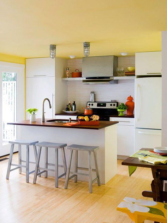 Bright & streamlined kitchen redo