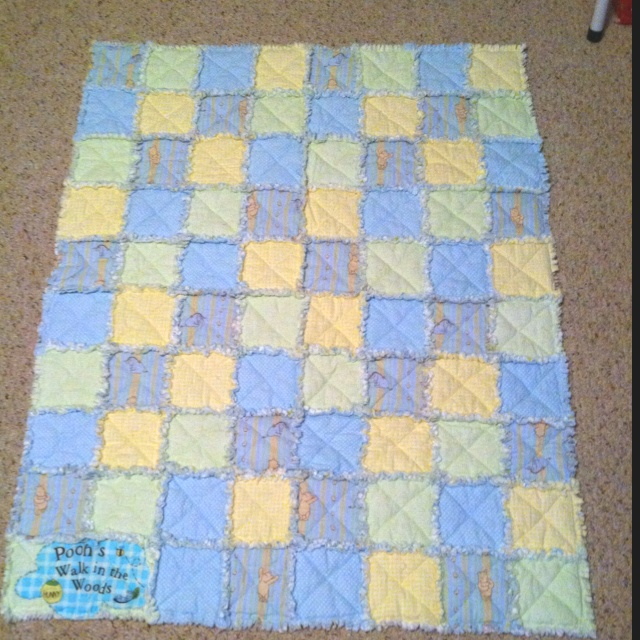 36 best Winnie the Pooh quilts images on Pinterest | Winnie the ... : winnie the pooh baby quilt - Adamdwight.com