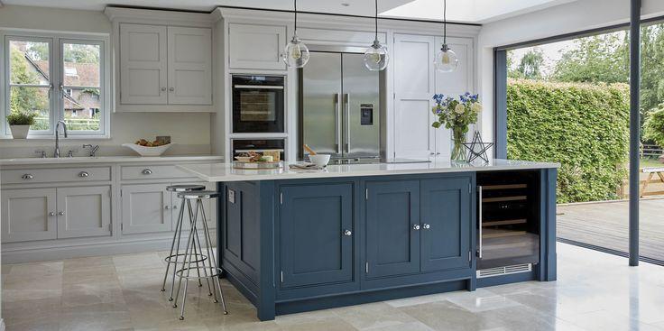 Best 25 modern shaker kitchen ideas on pinterest grey for Black white and blue kitchen ideas