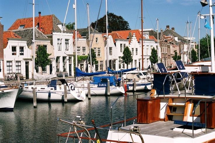 Kade in Goes  Heerlijk eten aan de kade van Goes na zeilmiddag Challenge team sailing
