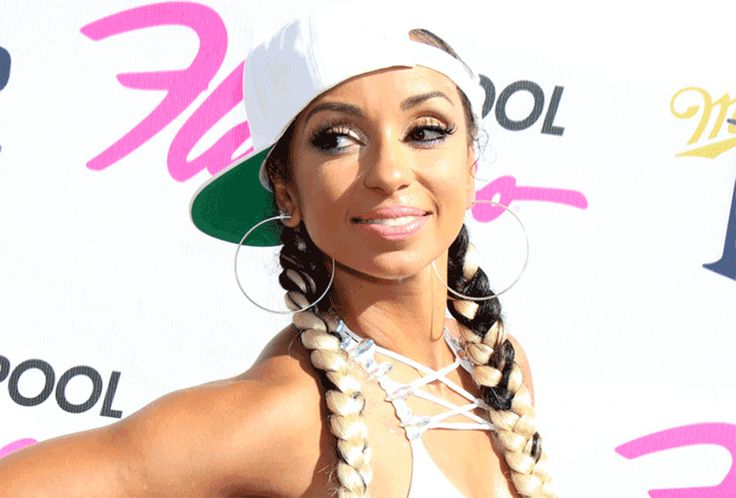 March 10 2018: R&B singer Mya turns 40 years old this fall  and she looks as good now as when she FIRST came on the scene. We love the GROWN WOMAN that Mya is now. Mya is a proud vegan. Perhaps this is what keeps her in such stellar condition? I was awakened to things that my parents didnt know she said. I was raised on pork steak chicken everything And everyone in my family pretty much of the older generation has diabetes high cholesterol high blood pressure cancer. My mother is a two-time…