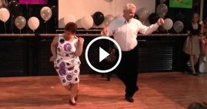 Despite Their Age, This Couple IsHaving aBlast! This IsWhat ItMeans toBeYoung AtHeart