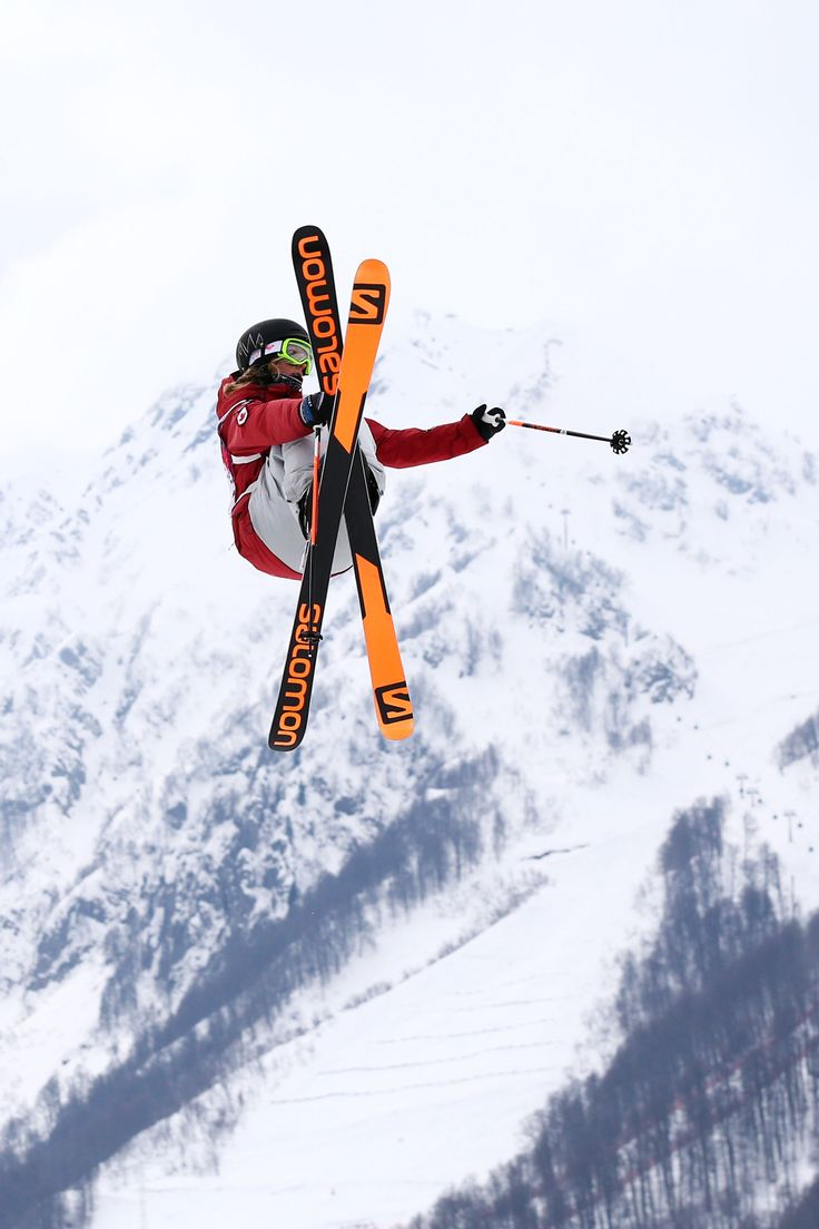 Dara Howell of Canada competes in the Freestyle Skiing Women's Ski Slopestyle Finals (c) Getty Images