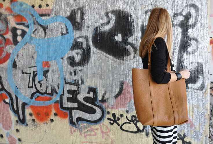 Oversized handmade beige leather tote bag by byCACHE on Etsy, €140.00