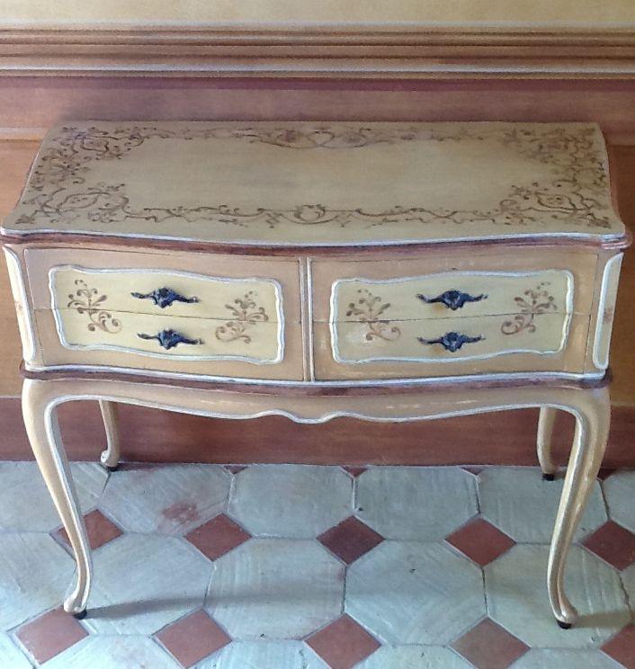 Ornated furniture and decorated doors @ Barbara Maldini | Decorazioni d'interni per Decorette Srl