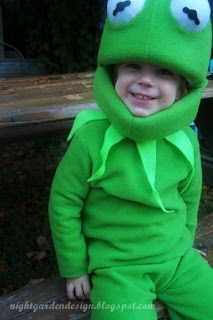 Kermit costume tutorial. Hope I can make one for Mahan... Might need to start early!