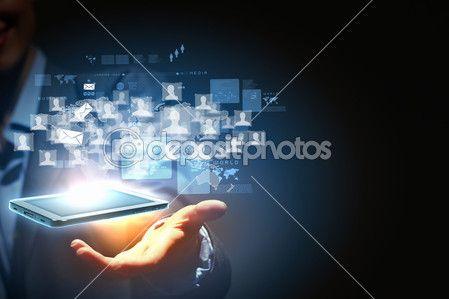 современная беспроводная технология и социальные медиа — Стоковое изображение #16362081