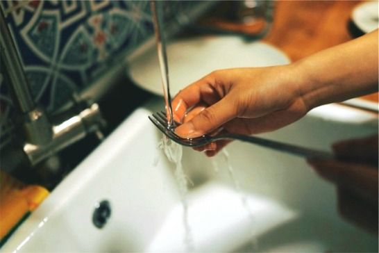 Flint Families Paying for Still-Unsafe Drinking Water