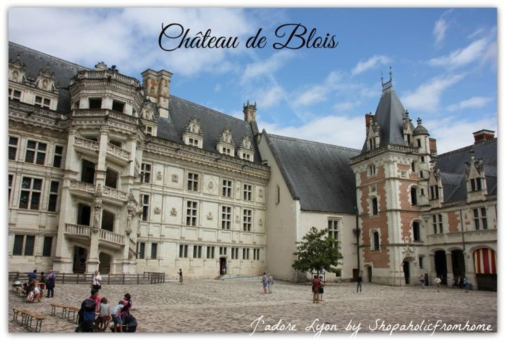 Château de #Blois #LoireVallee #Chateaux #France #Holidays #royalcastles #jadorelyon The best photos from my dreamt #French holidays in France