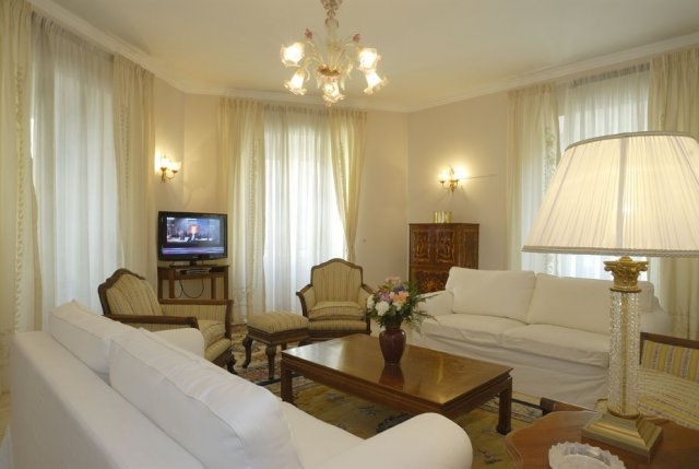 Living room in Rome Apartment Quirinale. Very stylish.