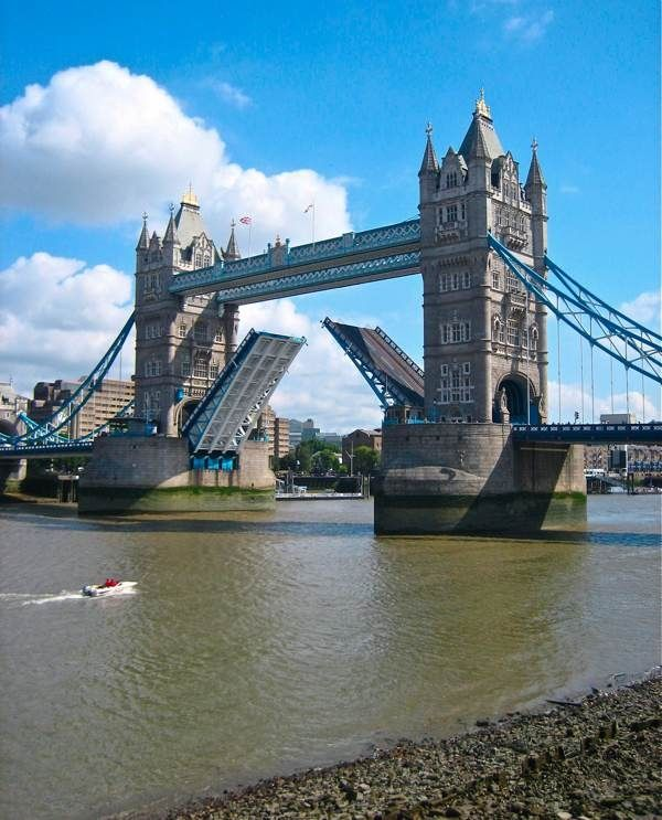 Rio Tamesis-Tower Bridge