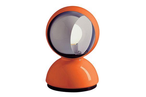 Настольная лампа Eclisse, дизайн Вико Маджистретти (1967), Artemide