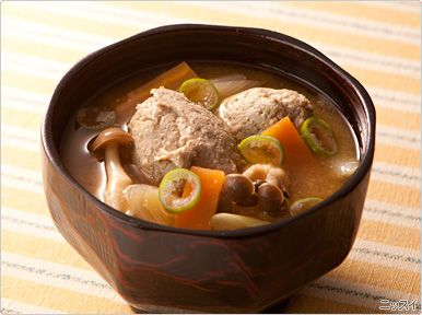 boulette de sardine en soupe. いわしのつみれ汁.