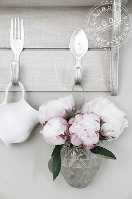 Fork and Spoon hook.  This would be cool to do with old silverware for a vintage look!