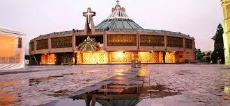 BASILICA DE SANTA MARIA DE GUADALUPE Oficialmente se llama Insigne y Nacional Basilica de Santa Maria de Guadalupe, siendo un santuario de la iglesia catolica dedicado a la Virgen Maria en su advocacion a Guadalupe, ubicado en la ciudad de México.
