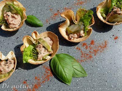 Di gotuje: Miseczki z tortilli z pasztetem