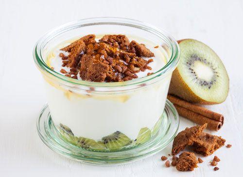 Crazy Cookie Yoghurt met bastogne, kaneel, honing en kiwi! Yoghurt Barn de Pijp Eerste van der Helststraat 80 1072 NZ Amsterdam