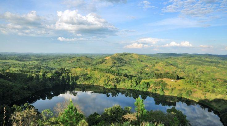 Uganda   ©Gorazd Bertalanic