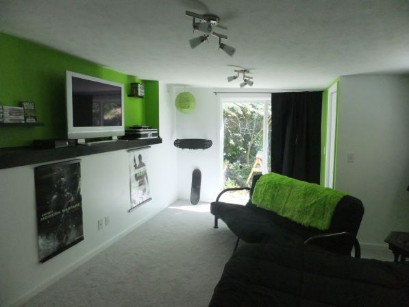great ideas to decorate a xbox video game room | Xbox-theme Living room