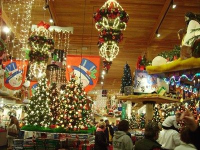 The 25+ best Bronners christmas store ideas on Pinterest ...