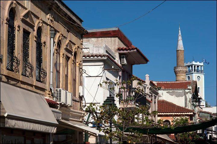 Yunanistan'da önemli miktarda bir Türk nüfusun yaşadığı Gümülcine şehrinden bir kare…