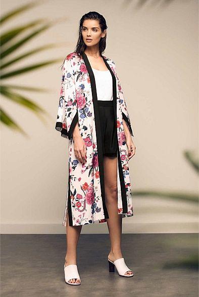 Carmen Kimono