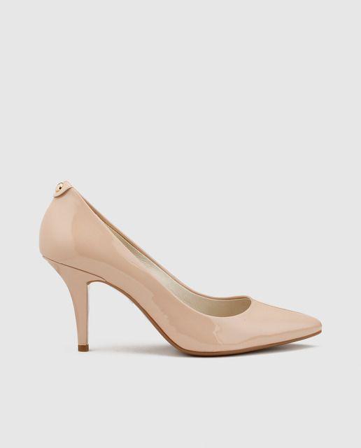 Zapatos de salón de mujer Michael Kors de piel  en color natural. Modelo MK-FLEX MID PUMP