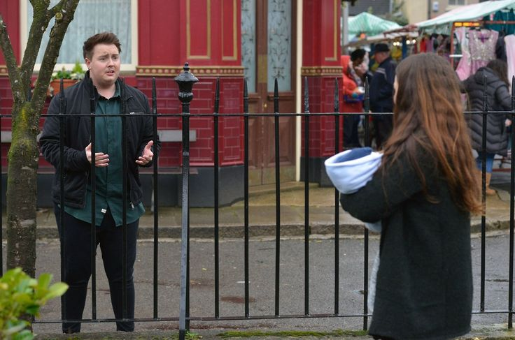 EastEnders spoilers: Stacey invites Kyle to live with her but is...: EastEnders spoilers: Stacey invites Kyle to live… #EastEndersspoilers
