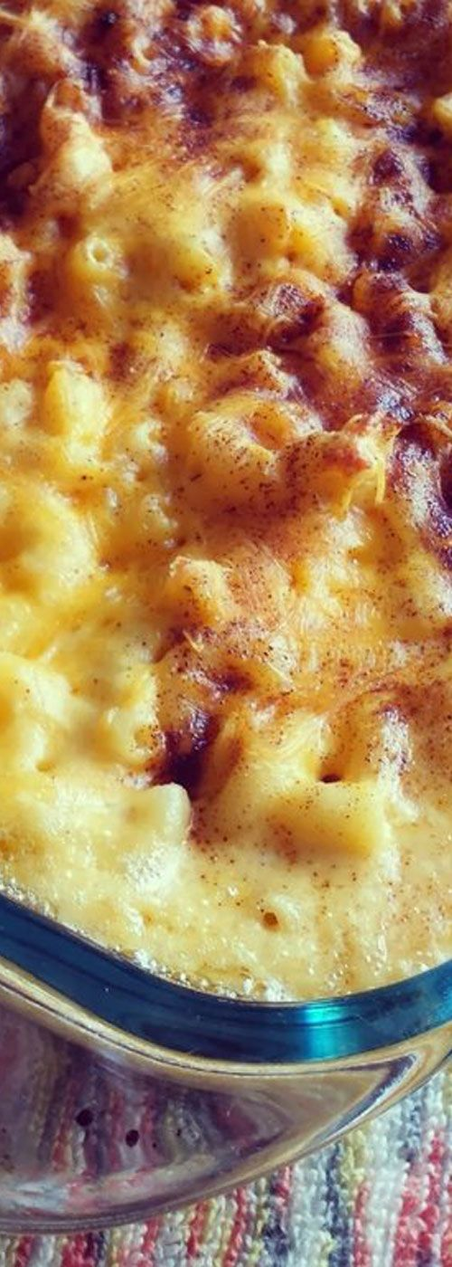 This homemade macaroni and cheese is so good and only requires a few ingredients. I made it for our Thanksgiving feast and everyone loved it.