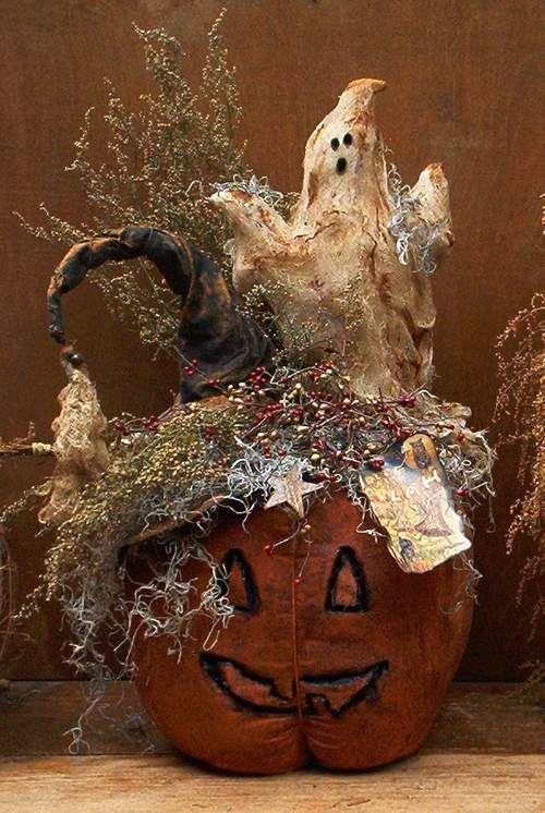 Centerpiece ~ love this!: Fall Decoration, Primitives Halloween, Primitives Pumpkin, Lanterns Pumpkin, Halloween Spooky, Fall Halloween, Primitives Craftsidea, Halloween Centerpieces, Primitives Scared