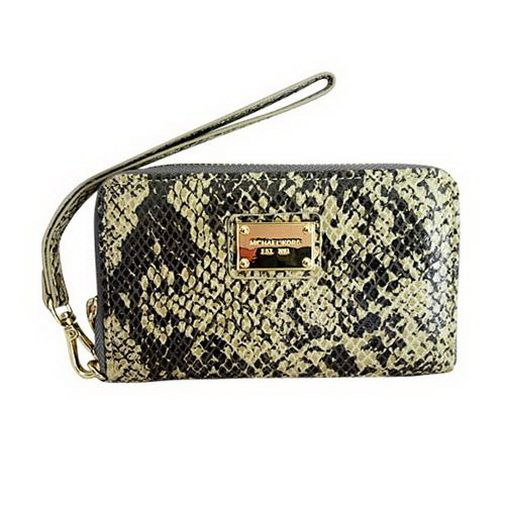new fashion Michael Kors Patent Python-Embossed Leather Large Beige iPhone 4 Cases2 on sale online, save up to 90% off on the lookout for limited offer, no taxes and free shipping.#handbags #design #totebag #fashionbag #shoppingbag #womenbag #womensfashion #luxurydesign #luxurybag #michaelkors #handbagsale #michaelkorshandbags #totebag #shoppingbag