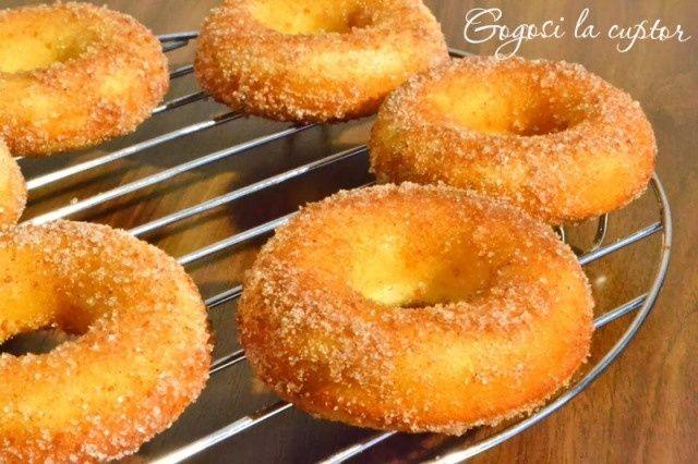 Reteta culinara Gogosi la cuptor din categoriile Dulciuri diverse, Prajituri. Cum sa faci Gogosi la cuptor