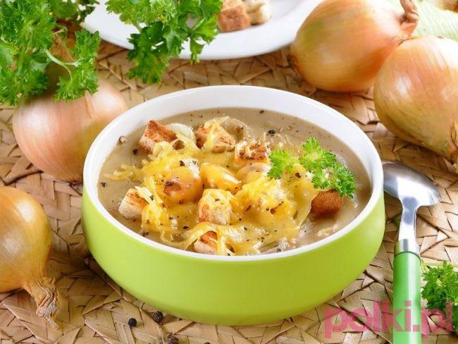 Zupa cebulowa z grzankami - przepis składniki i przygotowanie -Przepis