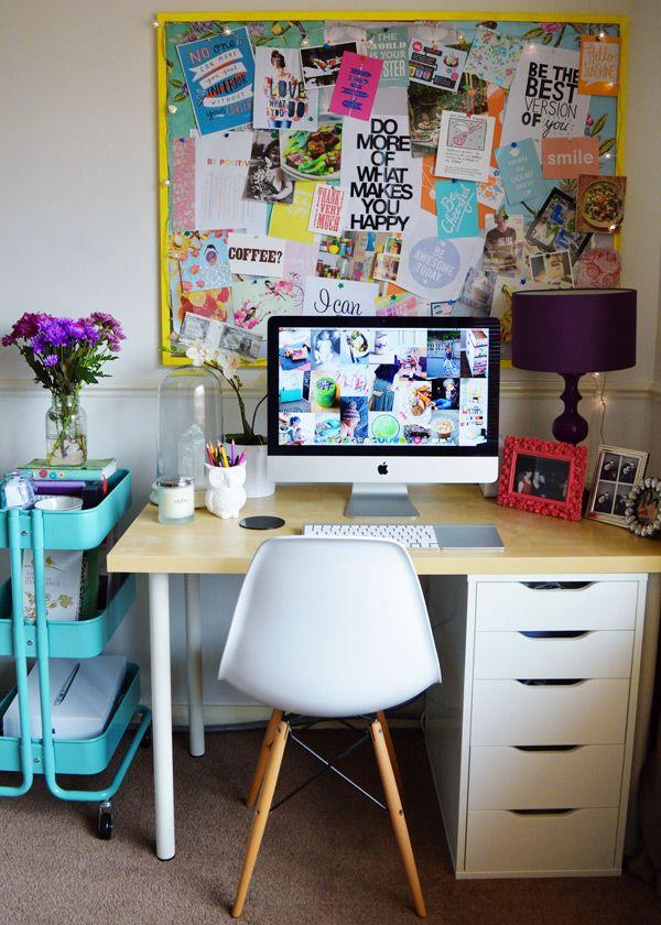 desk with inspiration board and IKEA Raskog cart Creo que así es como lo buscaba