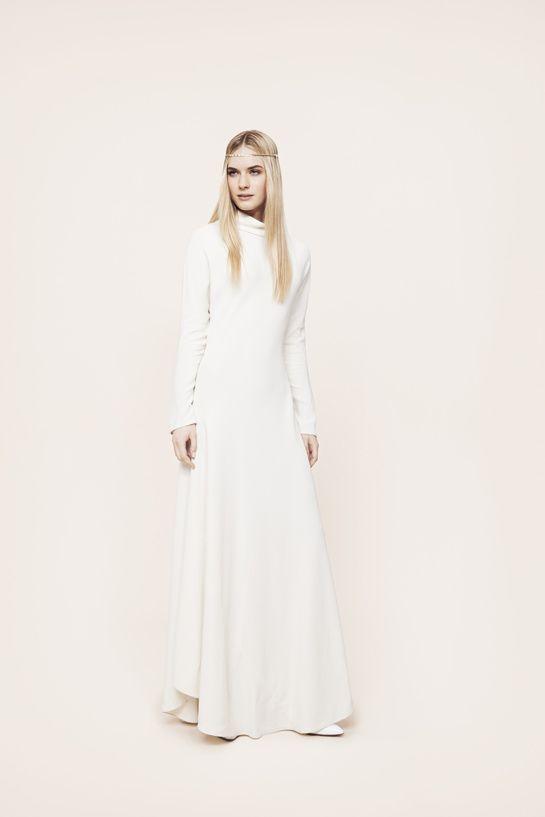 Robe de mariée The Row http://www.vogue.fr/mariage/adresses/diaporama/les-robes-de-mariee-de-l-espace-maria-luisa-mariage-au-printemps/20561/image/1096866#!robe-de-mariee-the-row-espace-maria-luisa-mariage-printemps