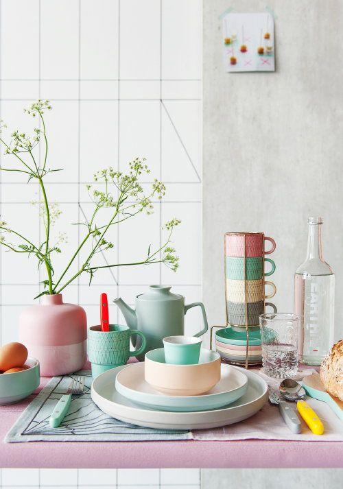 17 beste idee u00ebn over Pastel Geel op Pinterest   Pastels, Pastelkleuren en Cactussen tuin