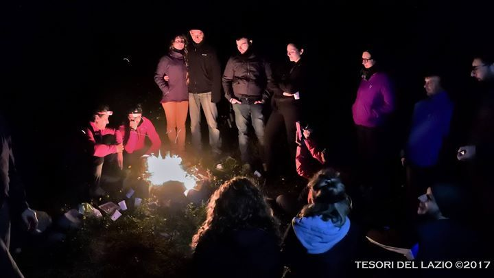 Tesori del Lazio 2017 #escursione #notturna tra i Monti della #Tolfa - il fascino del fuoco... la tv del neolitico!