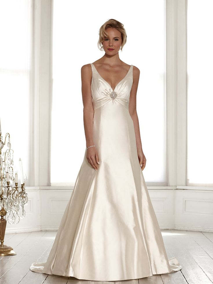 Si Holford Wedding Dress 2017 Bridal Signature Collection Sweetheart Neckline With Strap Low Cut V Back Sheath Style Harper