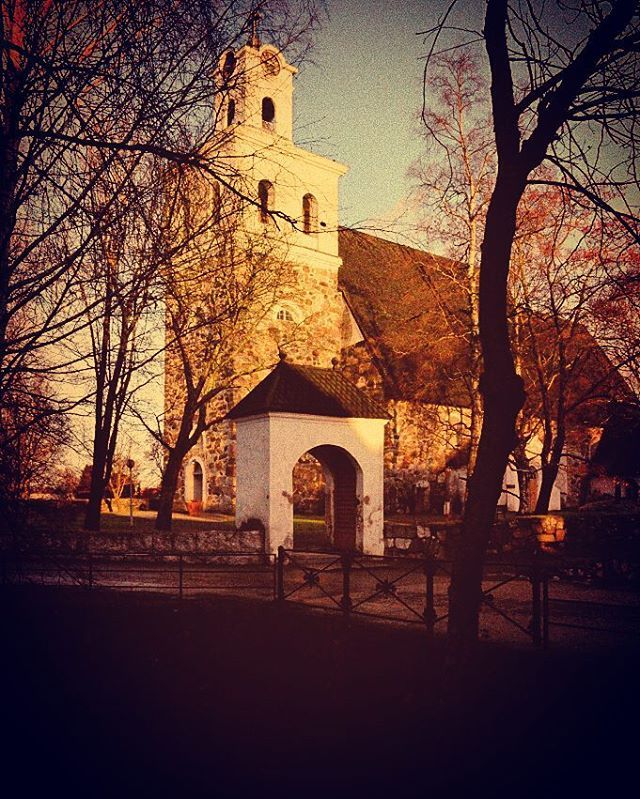 Light vs. darkness. This is one of the most photographed, painted and drawn sites in Rauma... the church. I took this picture 3.12.2015 and the allocation between light and dark was so interesting that I wanted to make it even more dramatic  Edited with PicsArt and Instagram.  #joulukuu #december #kirkko #church #artistry_flair #everything_imaginable #fa_fadeaway #romantic_darkness #the_gallery_of_magic