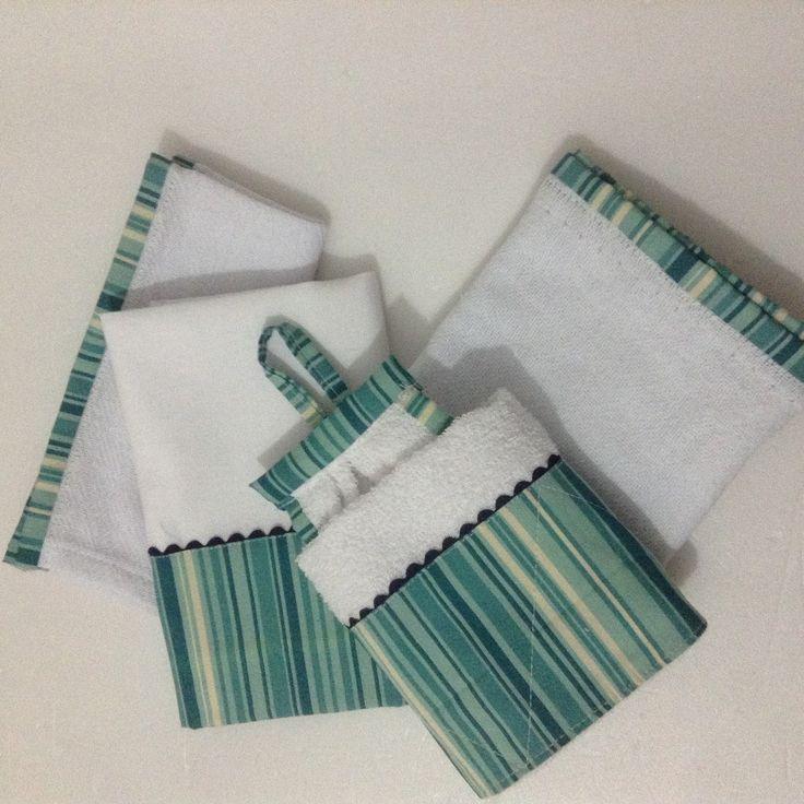 Kit com :  01 Pano de Prato sacaria com detalhe tecido 100% algodão (72x45cm)  01 Bate Mão atoalhado com aplicação de tecido 100% algodao. (40x35cm)  01 Paninho de Pia ( 41x33cm)  01 Pano de Limpeza (70x55cm)